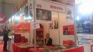 """Derleniş Yayınları'ndan TÜYAP İzmir Kitap Fuarı'nda coşkulu""""Ege Adaları"""" Konferansı: Ege'deki Adalarımıza Ne Oldu?"""