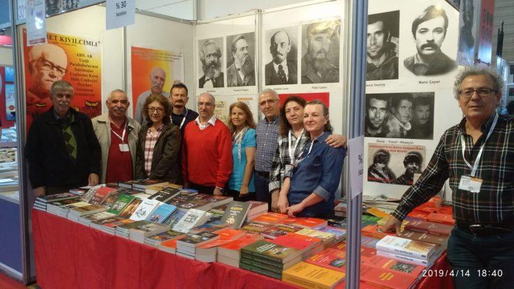 24. Tüyap İzmir Kitap Fuarı 6-14 Nisan Tarihleri Arasında Yapıldı
